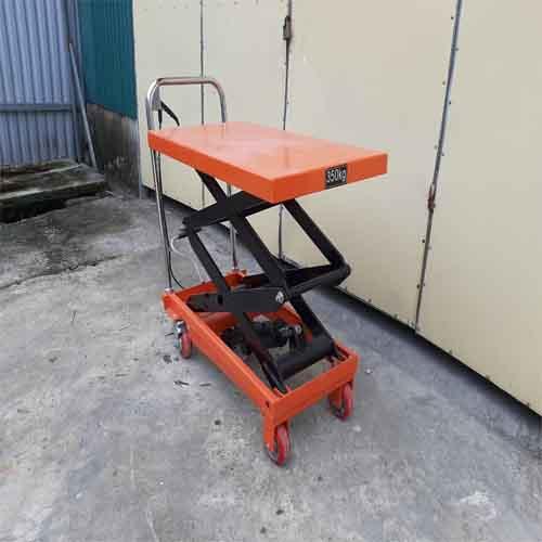 Xe nâng mặt bàn 350kg cao 1.5 mét hiệu Niuli